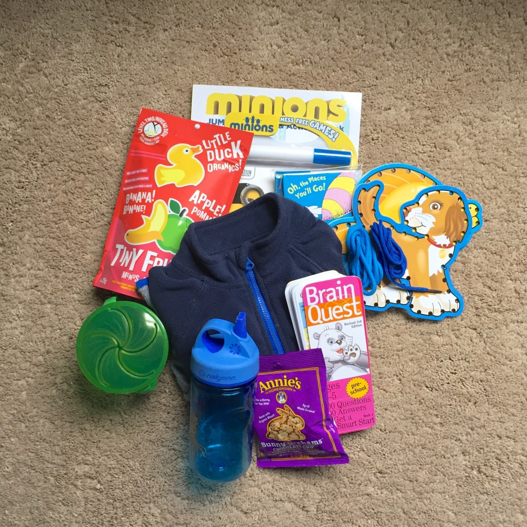 Traveling with Kids – Airplane carry-ons
