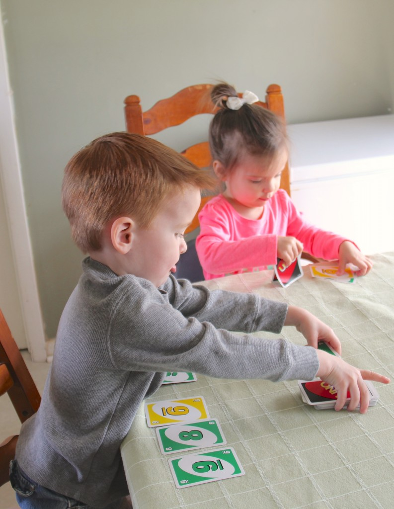Uno for 2-5 year olds – Number & Color Recognition
