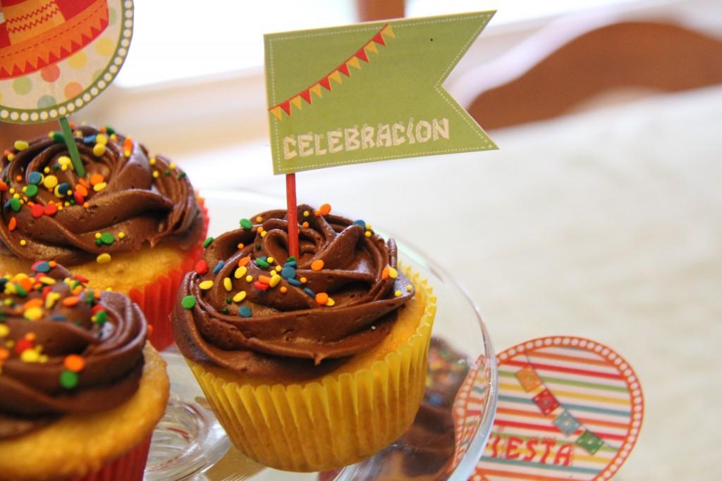 Pinata cupcakes - cinco de mayo party theme