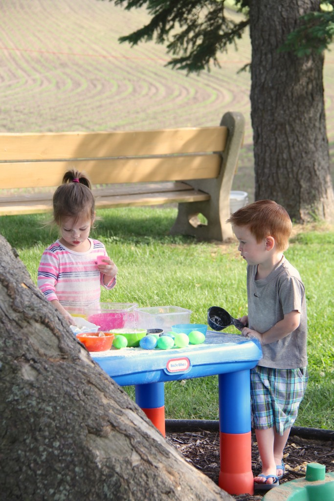 outdoor kitchen summer play