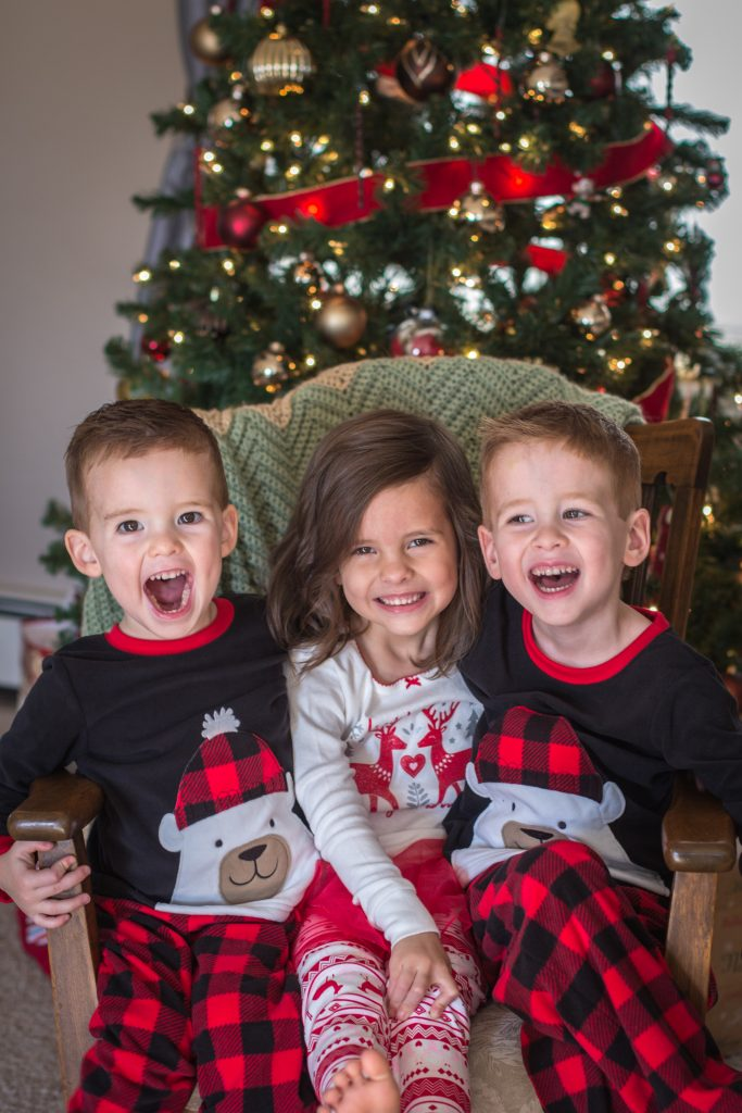 Kids Christmas Pictures + My 2018 Goal